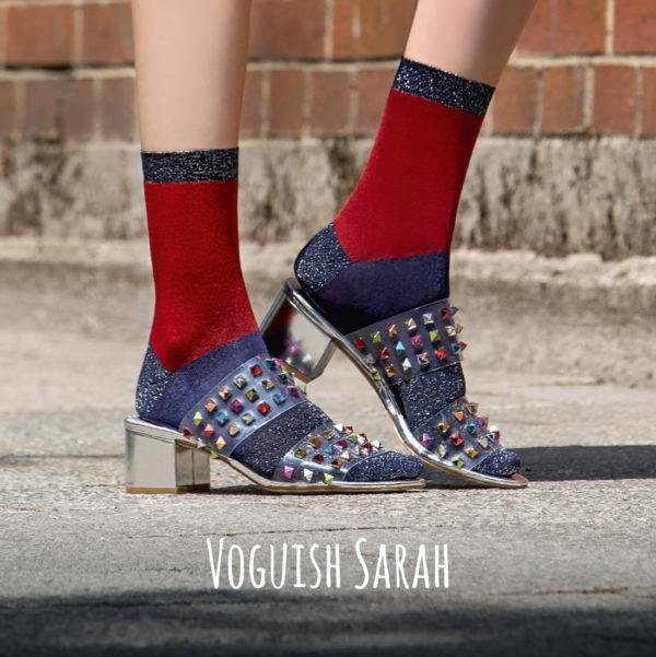 Supersofte und comfy Söckchen mit Lurex-Details und Colour-Blocking. Modisch ganz vorne – wie der Laden von Sarah.