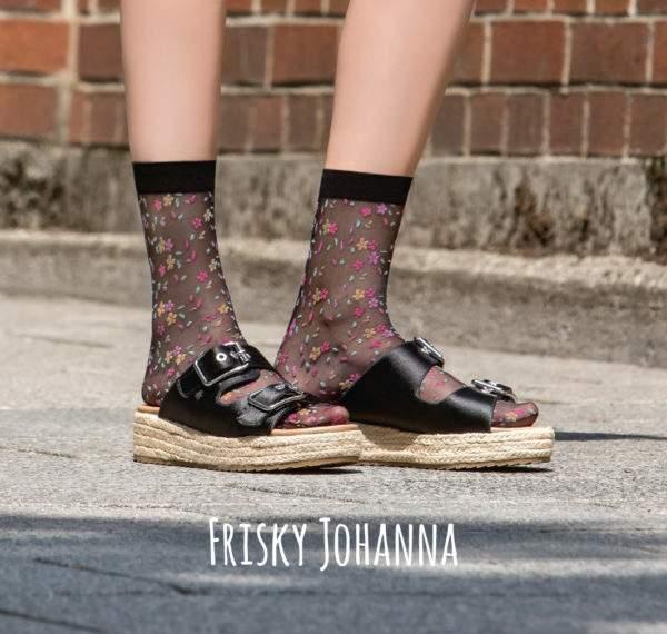 Frisky Johanna black: 15 den Söckchen mit Streublümchen