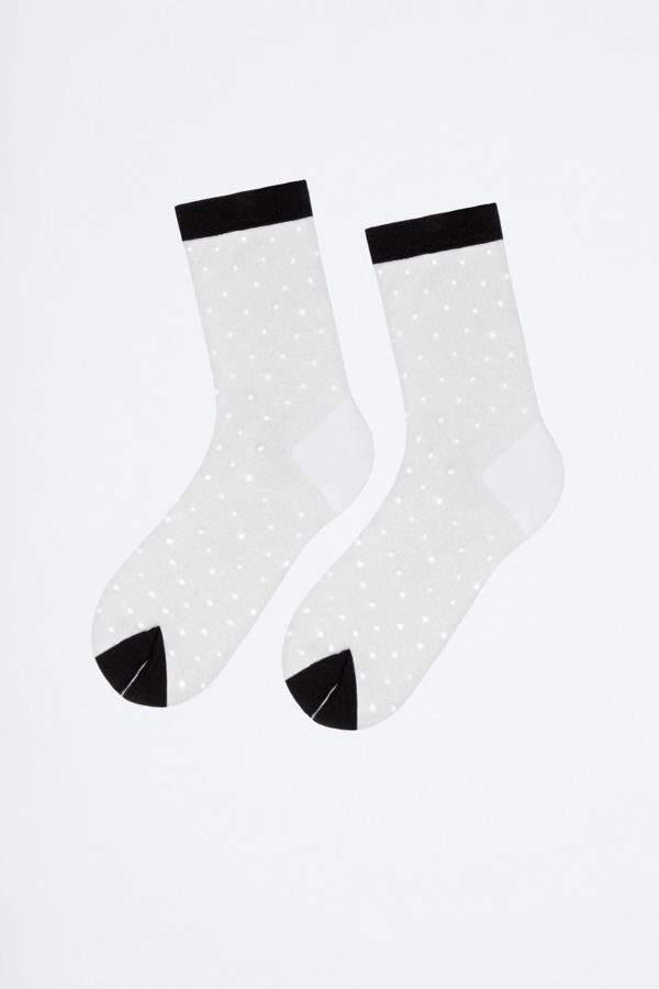 Fanatstic Giu white/black: transparente Socken mit schwarzen Pünktchen - 2H2H