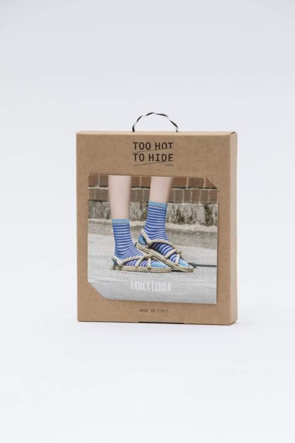 Verpackung Fancy Linda royal blue: Viskose - Söckchen mit transparenten Ringeln und Lurex - Details