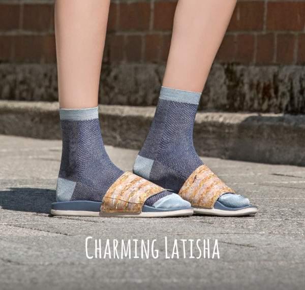 Charming Latisha blue melange: Leichte Viskose -Söckchen mit Lochmuster und Lurex-Details an Ferse, Spitze, Bund