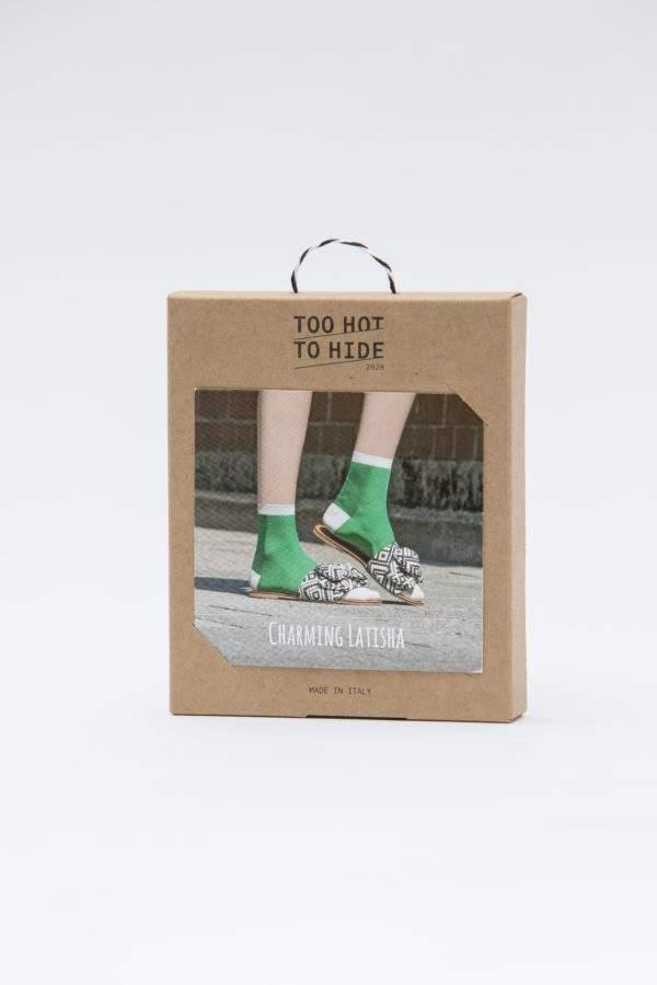 Verpackung Charming Latisha flashy green: Leichte Viskose -Söckchen mit Lochmuster und Lurex-Details an Ferse, Spitze, Bund