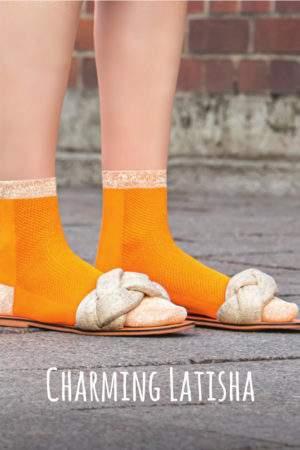 Charming Latisha orange: Leichte Viskose -Söckchen mit Lochmuster und Lurex-Details an Ferse, Spitze, Bund