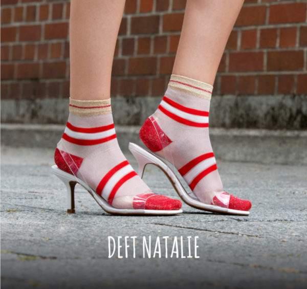 Deft Natalie red white: transparente Söckchen