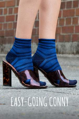 Easy going Conny blue black: Zebra Söckchen