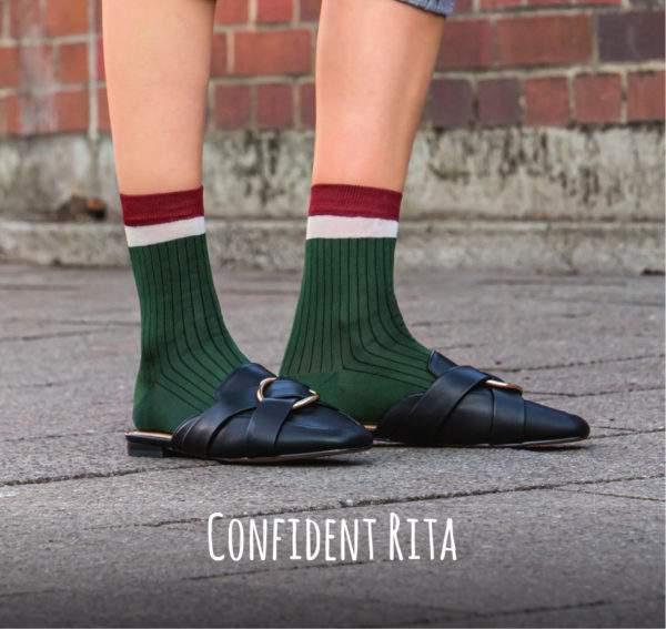 Confident Rita grün